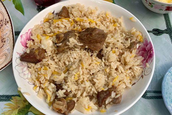 キルギス料理といえばプロフ