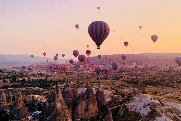 カッパドキアの朝日が綺麗【トルコ観光のすすめ】