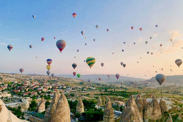 トルコ観光のハイライトはカッパドキアの朝日