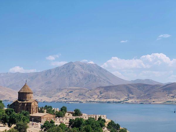 【観光地じゃない】トルコ旅行なら東トルコが超絶おすすめ(ヴァン)