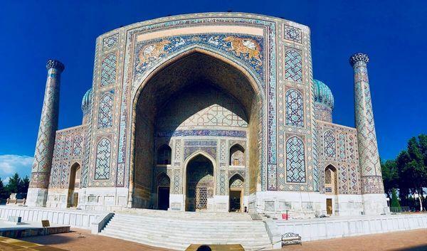 サマルカンドはウズベク随一の観光名所