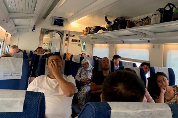 ウズベキスタン、サマルカンドの行き方