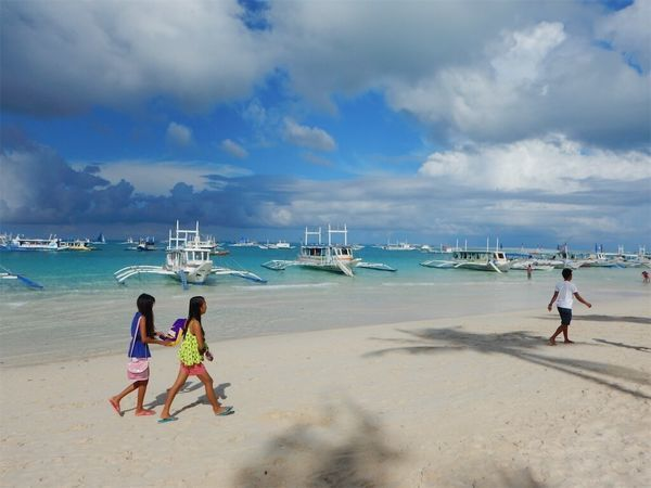ボラカイ島の超絶きれいな海、ビーチ