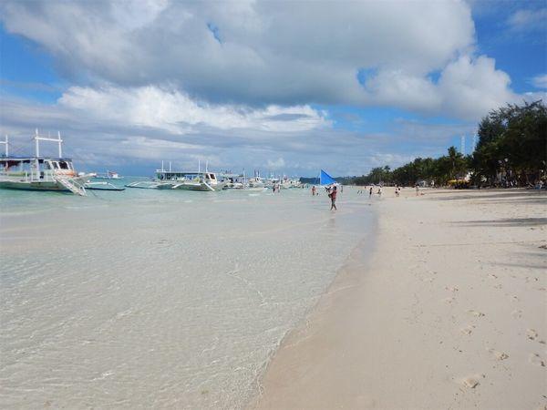ボラカイ島の超絶綺麗な海・ビーチ