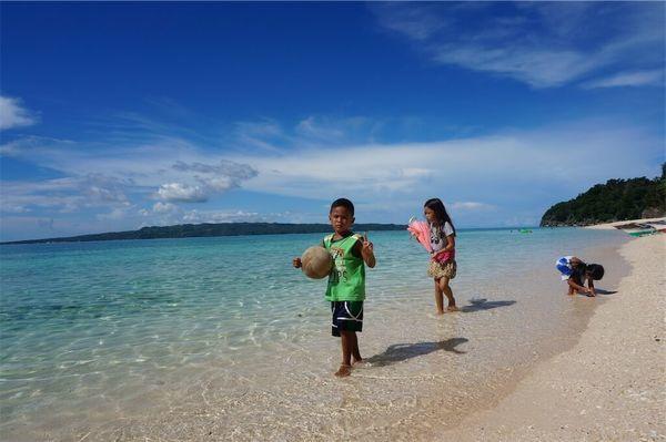 ボラカイ島の超絶きれいな海・ビーチ