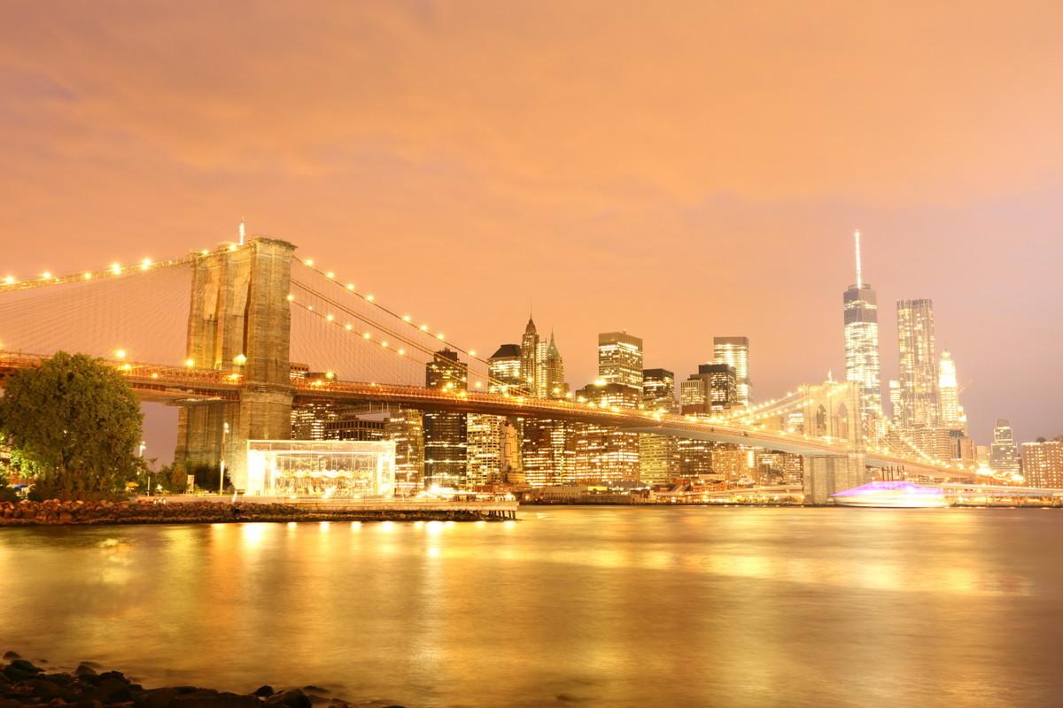 ニューヨーク・ブルックリン橋夜景