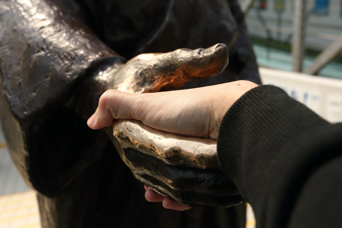 龍馬と握手