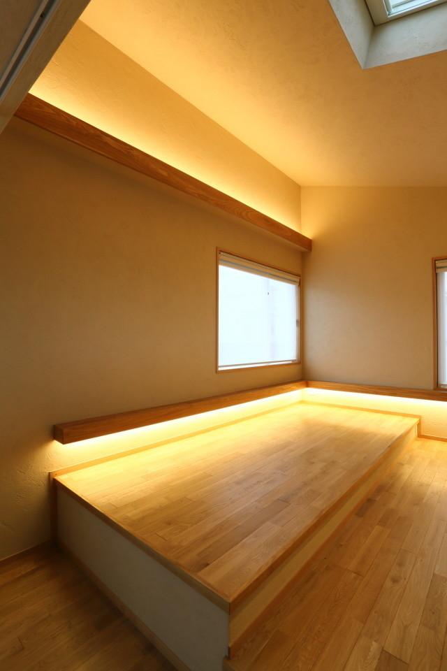 間接照明の住宅実例