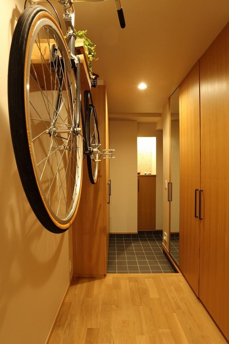 壁掛けの自転車