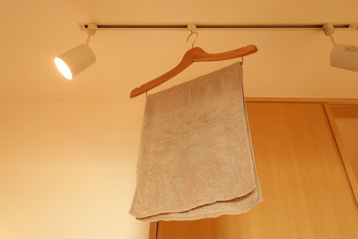 濡れタオルを加湿器代わりに