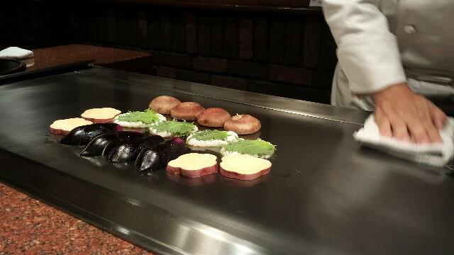 土肥亭 鉄板焼き 野菜