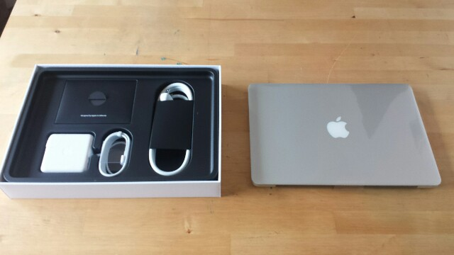 MacBook Pro Retina 写真
