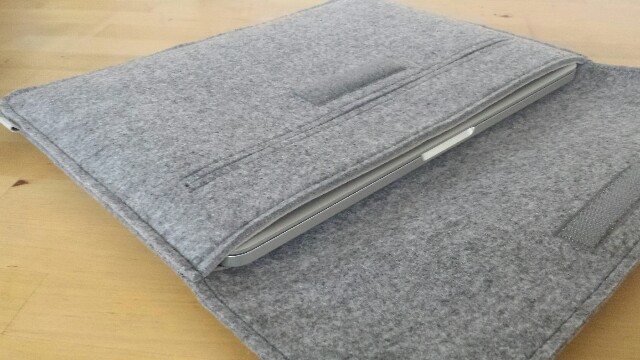 MacBookPro Retina ケース 写真