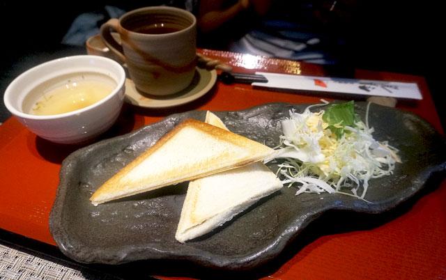 太郎茶屋鎌倉 ホットサンドモーニング 写真