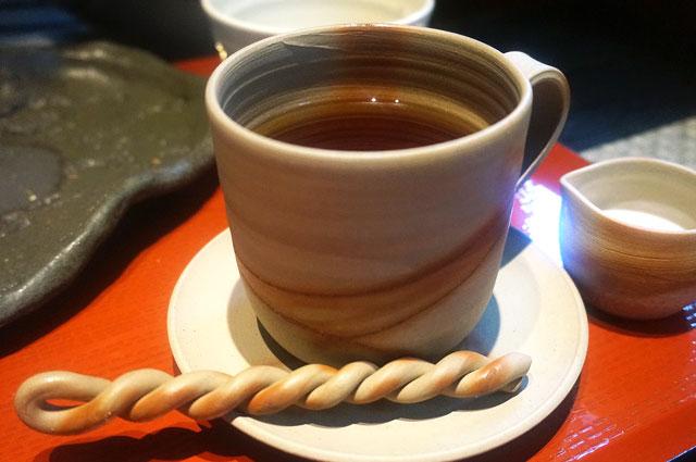 太郎茶屋鎌倉 モーニング 紅茶 写真