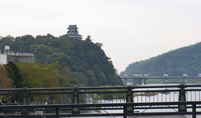 犬山遊園駅からの犬山城 写真