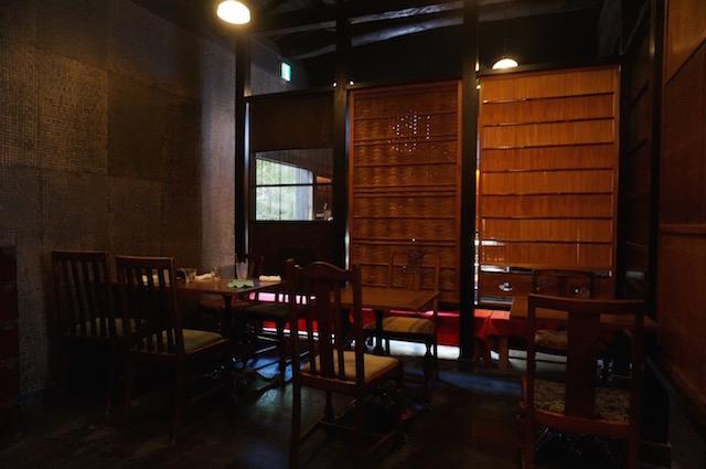 嵐山 イクスカフェ テーブル席