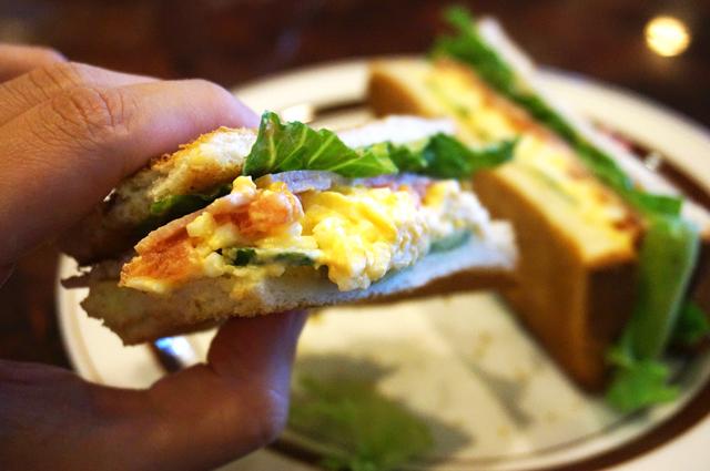 星乃 ハムと野菜と玉子のトーストサンド