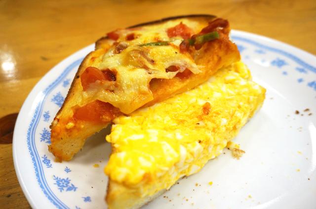 コメダ珈琲 たっぷりたまごのピザトースト 美味しい