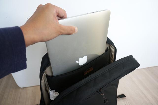 フォーカスドスペース リュックサック iPad