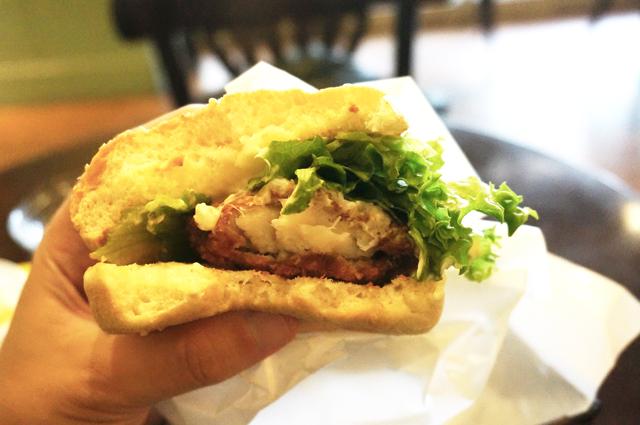 フレッシュネスバーガー フィッシュバーガー 白身魚 タルタルソース