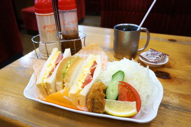 コメダ珈琲の500円ランチのたまとまレタスサンド