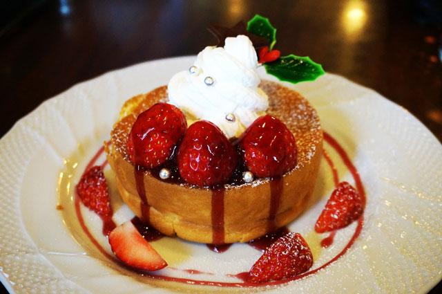 星乃珈琲のクリスマス スフレパンケーキ