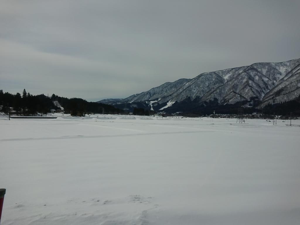 長野駅から白馬コルチナスキー場へ向かう途中の景色