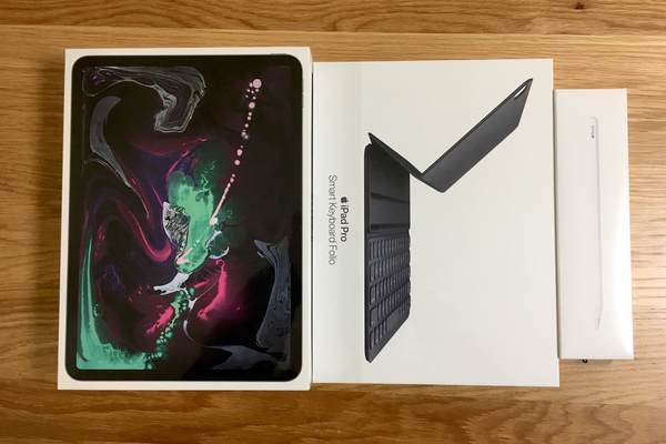 iPad Pro 11インチ、Apple Pencil、Smart Keyboard Folio 外箱