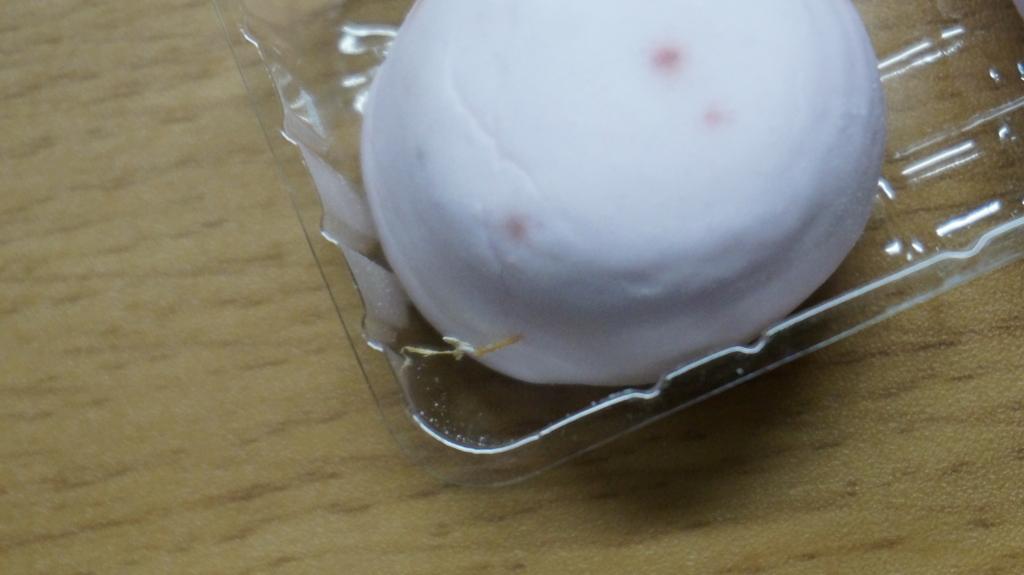 ストロベリーチョコマシュマロ 表面