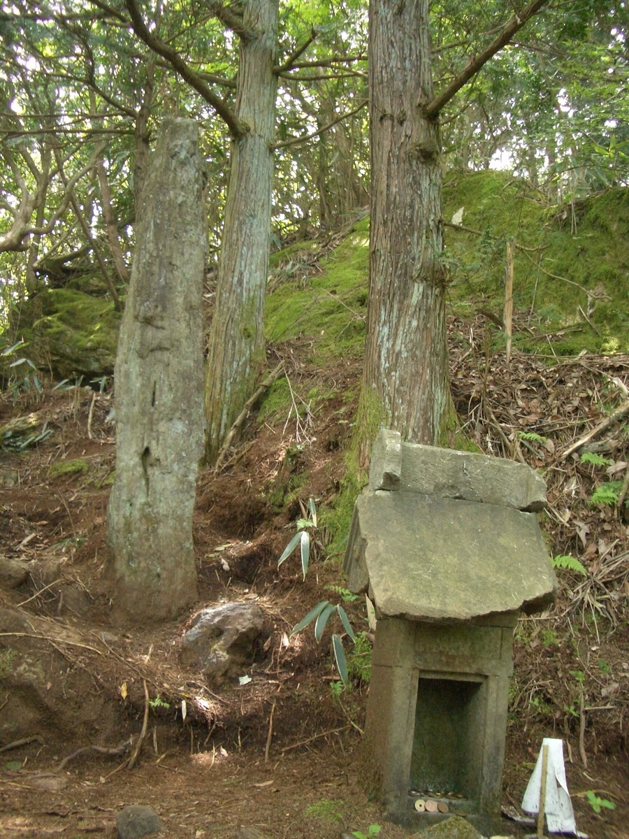 御岩神社 光の柱