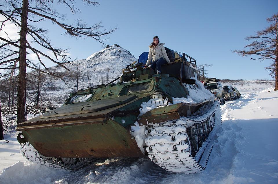 シベリアンハスキーとツルツル路面を散歩する方法