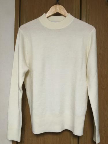 購入したメリノブレンドモックネックセーター