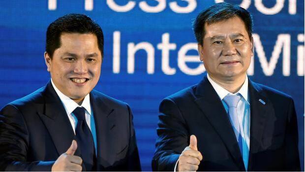 インテルのエリック・トヒル会長と蘇寧グループの張近東会長