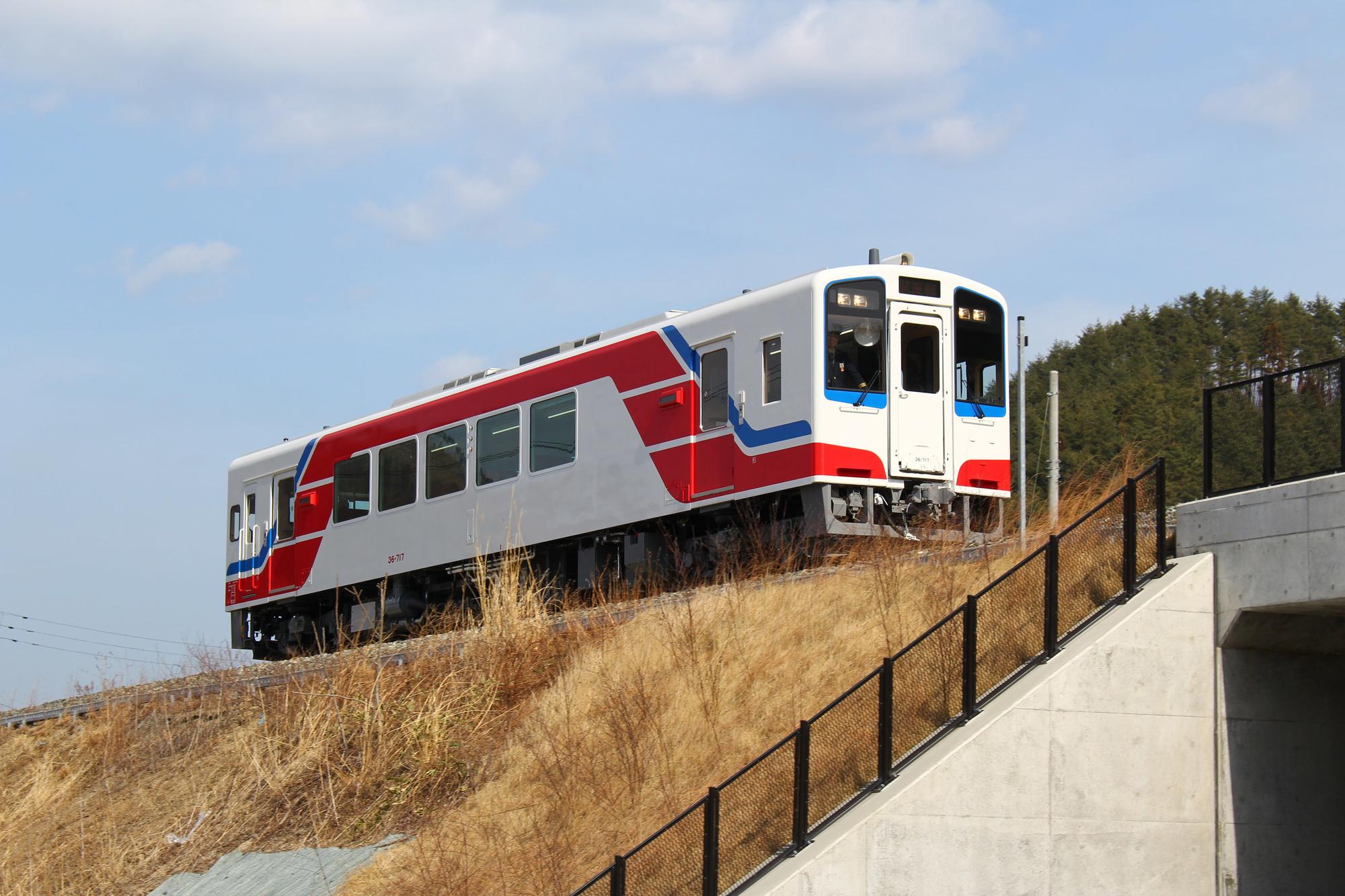 三陸鉄道36-700形試運転