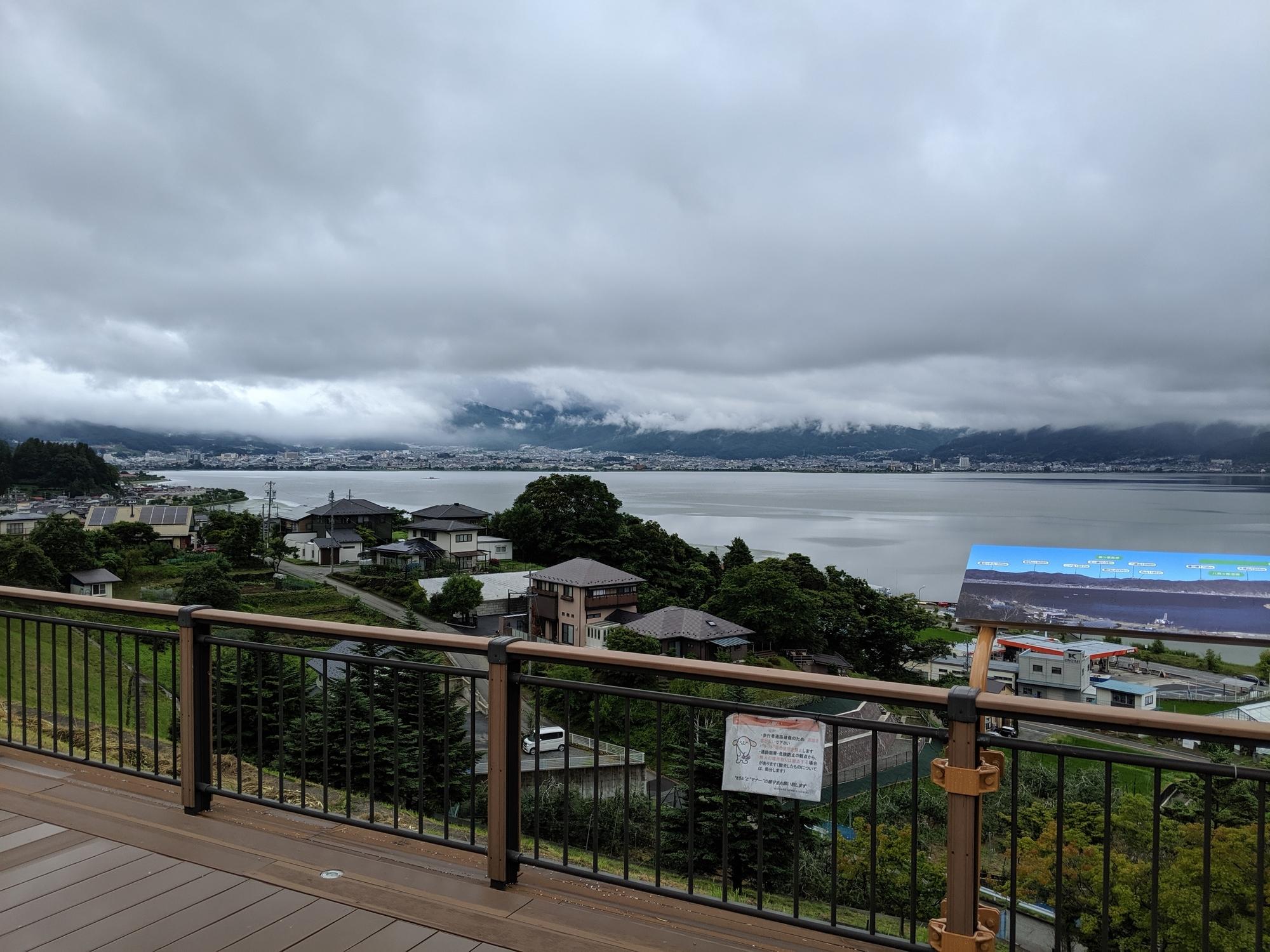 諏訪湖SAより 諏訪湖