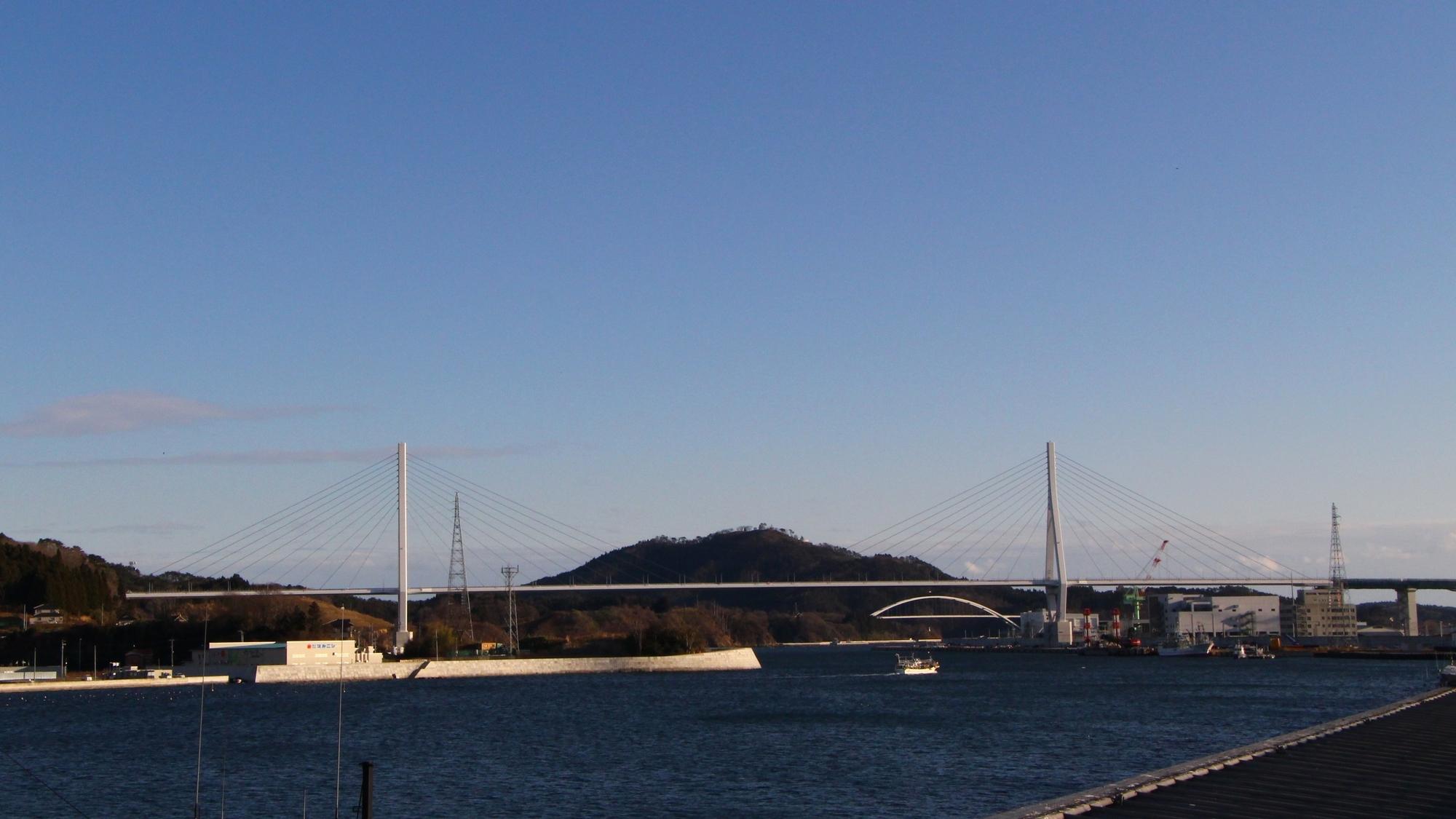気仙沼湾横断橋 かなえおおはし