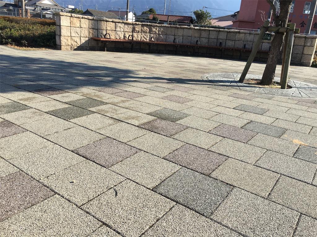 f:id:zashikiuwarashi:20171222003837j:image