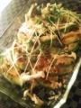 [晩ご飯] 生姜焼とチーズ焼とコールスローサラダ