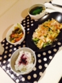 鶏オイスターナッツ炒め 大根と小松菜の味噌汁 ちくわとゴーヤのチャ
