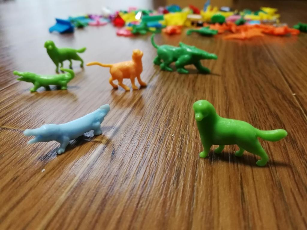 フエラムネ玩具の動物