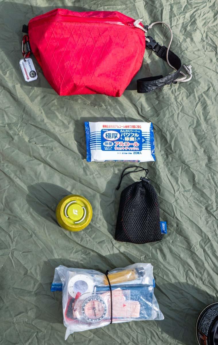 バックパックキャンプの小物