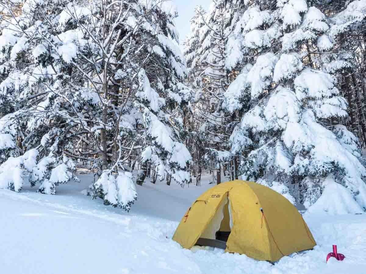 冬の赤岳鉱泉でテント泊