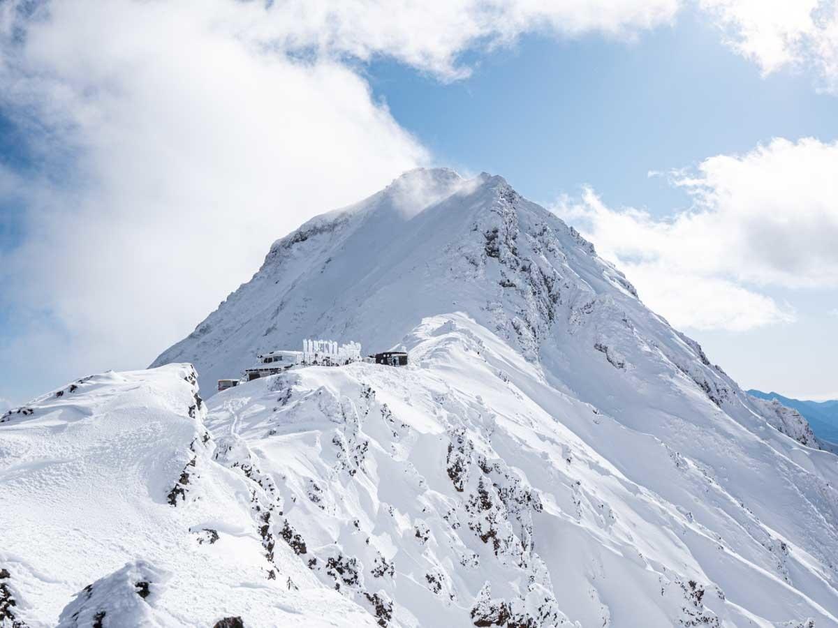 横岳から見た赤岳