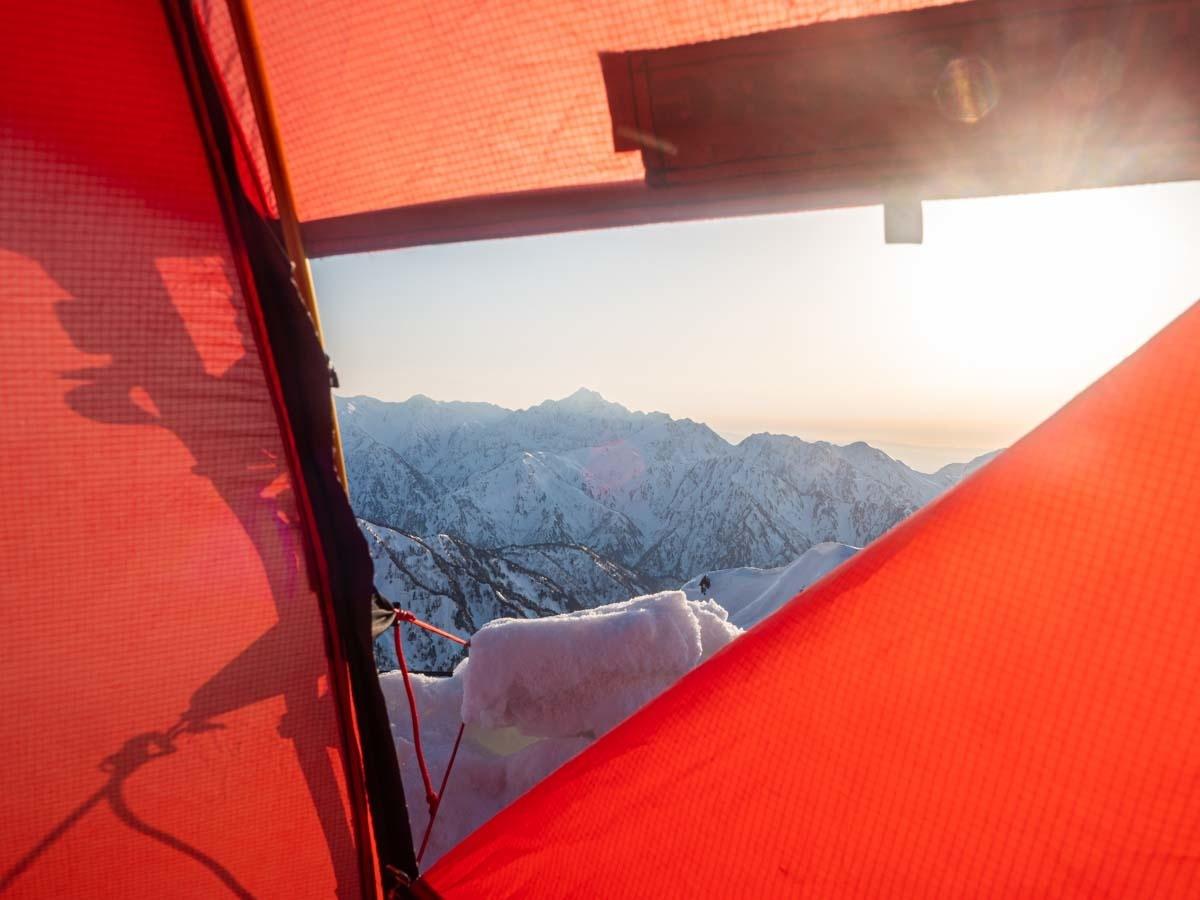テントから見る剱岳