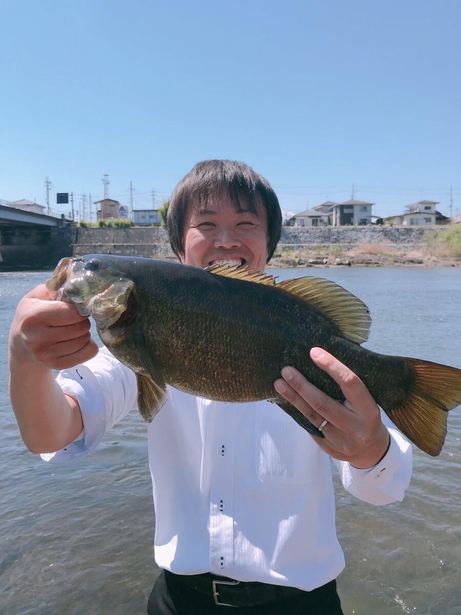 福島県阿武隈川スモールマウスバス