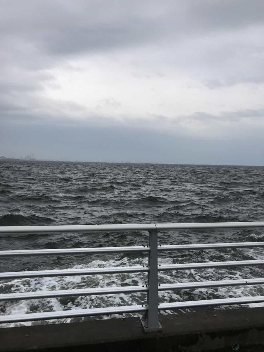 検見川浜イナダ突堤