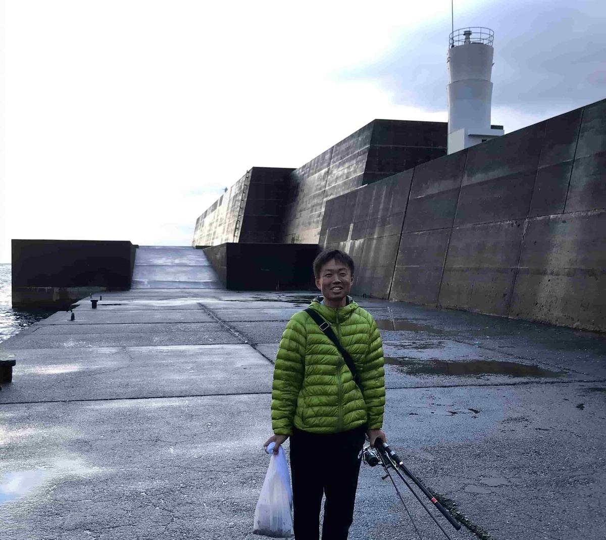 神湊港(通称 軍艦堤防)