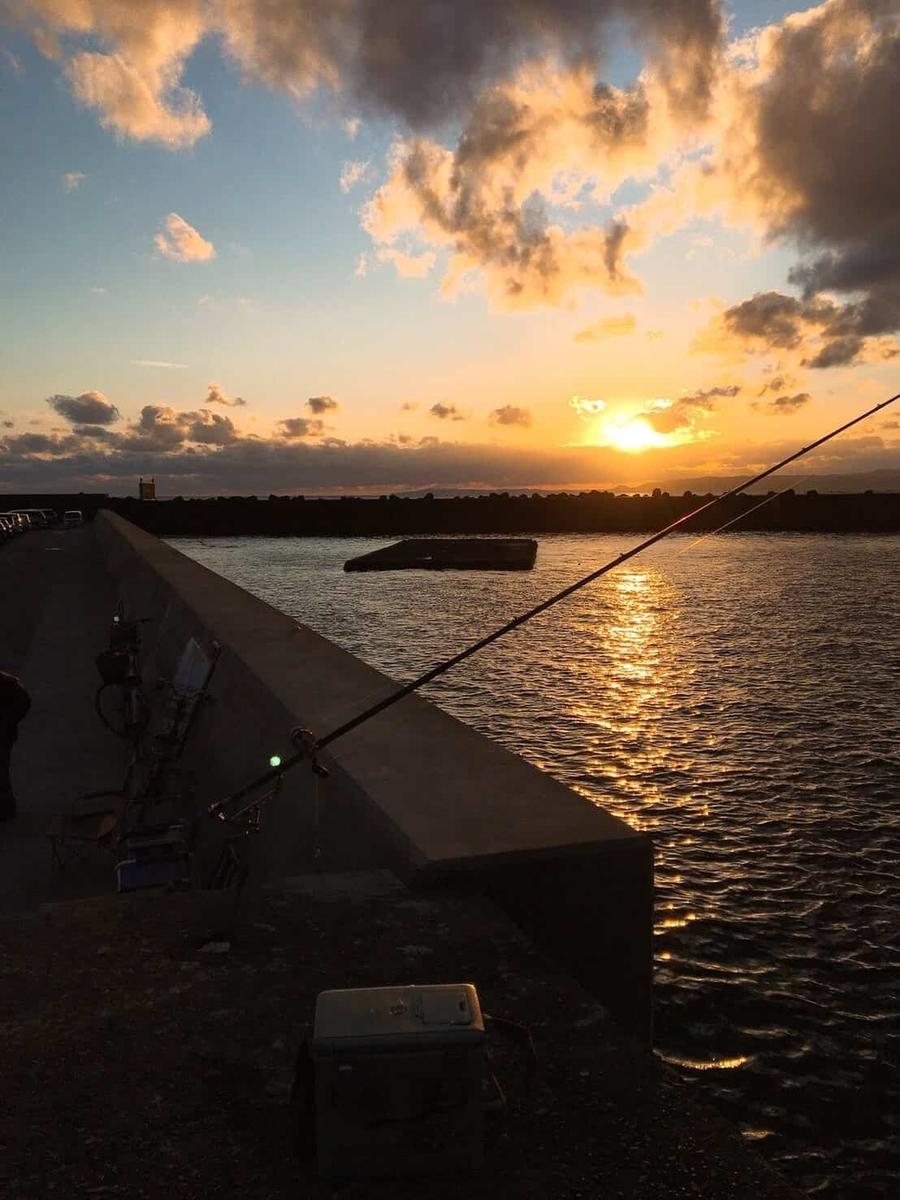 小湊港アジ釣り