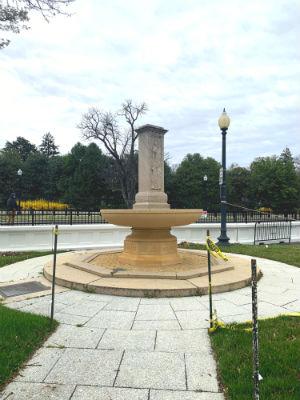 ホワイトハウス-Butt-Millet Memorial